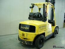 Used 2005 Hyster H5.
