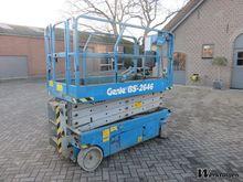 2006 Genie GS-2646