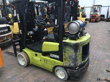 Used 2001 Clark CGC-