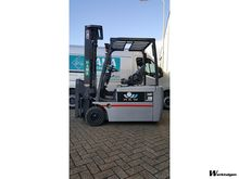 Used 2004 Nissan GN0