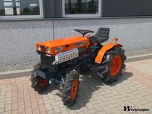 Kubota B7000 4WD