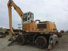 LIEBHERR A944 Equipment