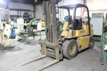 Used Caterpillar V60 Forklift for sale | Machinio