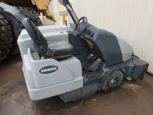 2013 ADVANCE SW8000 FLOOR SWEEP