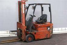 Used 2001 Nissan N01