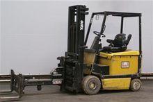 Used 2000 Yale ERC25
