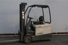 Used 2003 Crown SC30