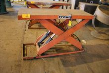 4, 000 LB PRESTO LIFT TABLE