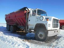 1992 Ford / Double L L8000 / 80
