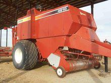 2004 Hesston 4910