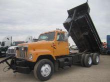 Used International Dump trucks for sale | Machinio