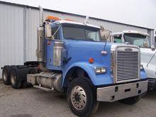 2006 Freightliner FLD120 CLASSI