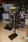 "113.21371 Craftsman 15"" Stand D"