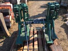 150-AX Devin Mfg. 2,000 lbs. Au