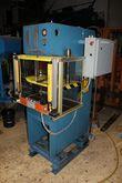 NEFF 4.71 Ton Hydraulic C Frame