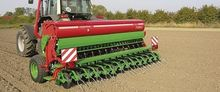 Mechanical seed drill CAYENNE L