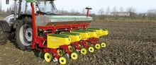 Mechanical seed drill for maize