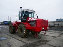 Tractor Kirovets K-744 R-1 (300