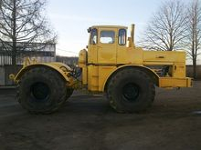 Tractor Kirovets K-700 (300 hp)
