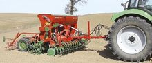 Mounted mechanical seed drill A
