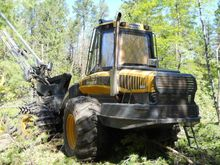 2007 Ponsse Bear Harvester