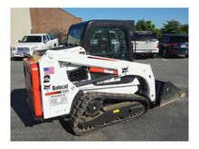 2014 Bobcat T450 W/ LOW HOURS L