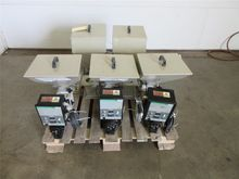 Lot of 5 Conair BFS Feeders, 1/