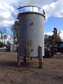 4000 Gallon Steel Mixing Tank-