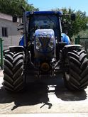 2015 New Holland T7 200 Tractor