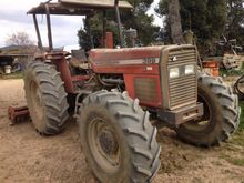 1988 Massey Ferguson 399 Farm T