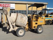 2003 Dumec BT 1400 Concrete Mix