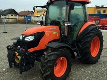 2017 Kubota M7060 DTHQ Tractor