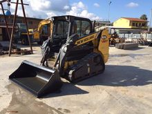2011 New Holland C227 High Flow