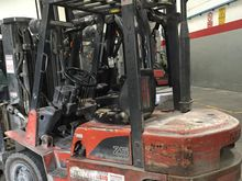 Nissan FJ02 Diesel Forklift Tru