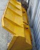 Used 1990 Loader Buc