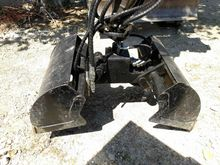 Used BIVALVE Clamshe