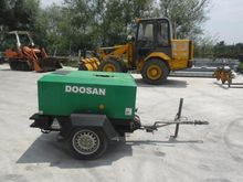 2008 Doosan 7/20 Compressor
