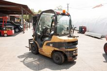 LPG Forklifts Caterpillar GP25N