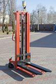 Hand hydraulic stacker H1030