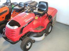 2009 Honda HF 2417 Lawn tractor