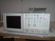 Tektronix TDS724A