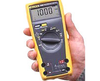 Used Fluke 75-3 in L