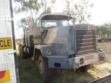 02/1981 Mack 6 x 6 Crane Truck