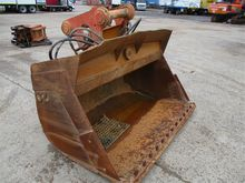 2000mm Tilting Mud Bucket (OZ)