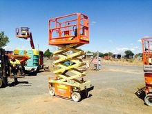 19ft (5.7m) Scissor Lift - 2003