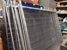17 x Temporary fencing panels,
