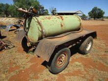 1000 litre fuel trailer, on Nis