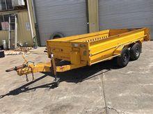 Heavy duty tandem axle Box Trai