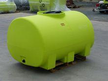 1500L Freestanding Poly Tank wi