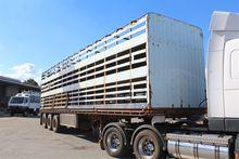 Fruehauf Tri Axle Livestock 40`